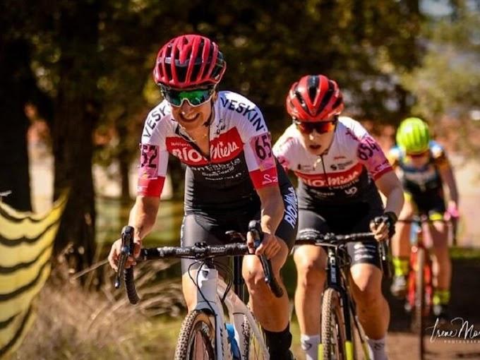 El Club Ciclista Meruelo arranca la Copa de España de Ciclocross en Pontevedra