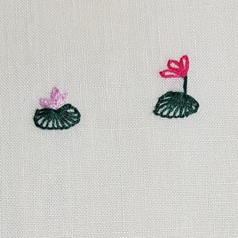 Mẫu thêu hoa nhí đẹp - Hinh 10