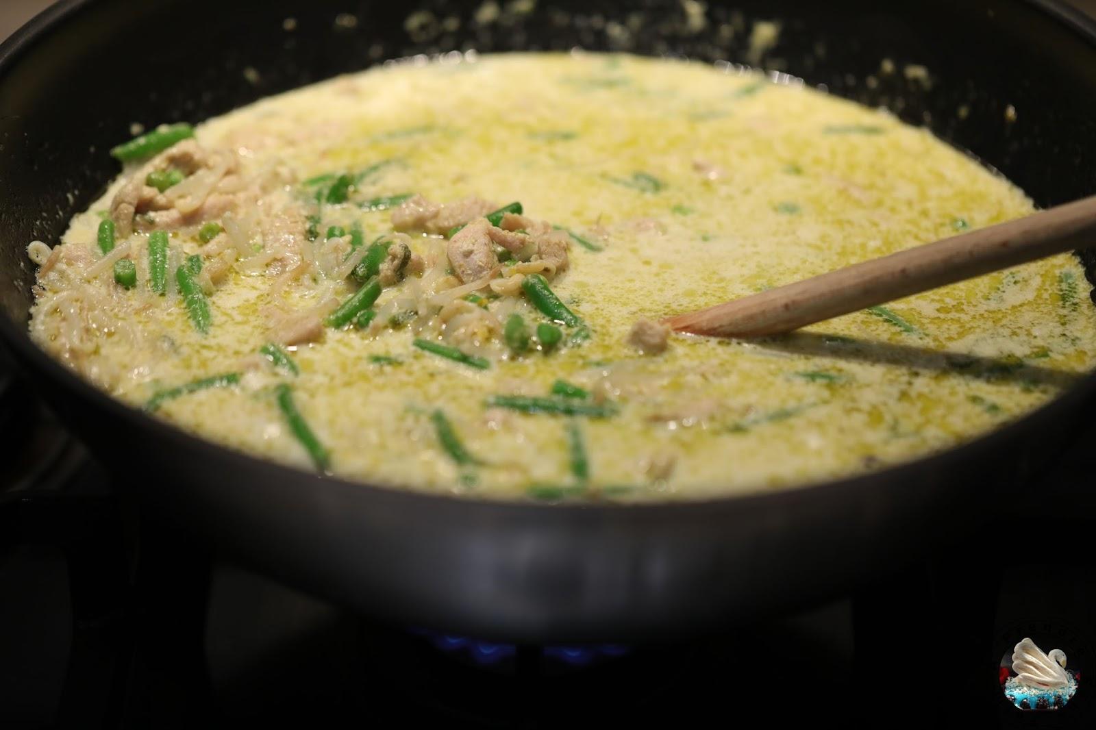 Curry Thaï aux nouilles chinoises