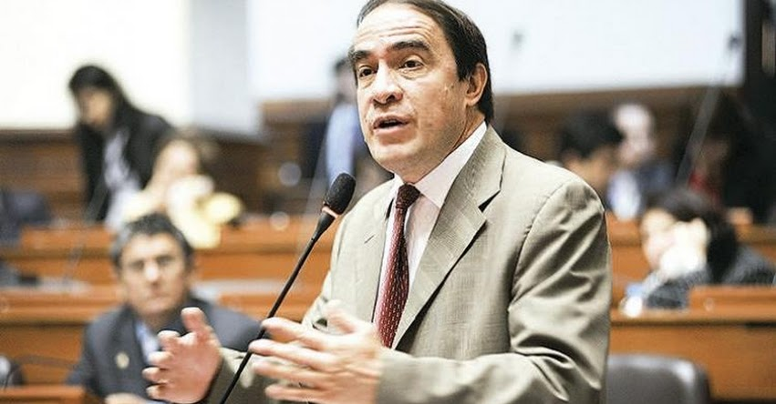 Congresista Lescano pide al Congreso que investigue manejo de millones de la Derrama Magisterial
