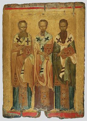 Η εικόνα των Τριών Ιεραρχών του 14ου αι. μ.Χ  εκτίθεται στο Βυζαντινό και Χριστιανικό Μουσείο.
