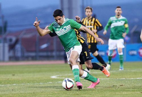 Από τον Λεβαδειακό στην ΑΕΚ ο νεαρός ποδοσφαιριστής Κώστας Μανωλάς