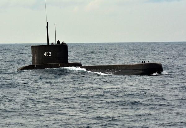 TNI Tingkatkan Pencarian KRI Nanggala ke Fase Subsunk, Siap Evakuasi ABK