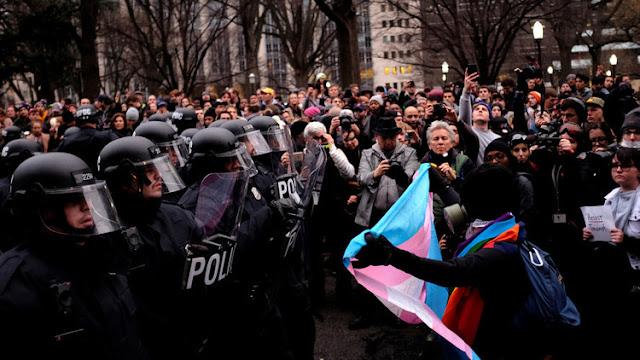 Un periodista se enfrenta a 75 años de cárcel por cubrir una manifestación contra Trump