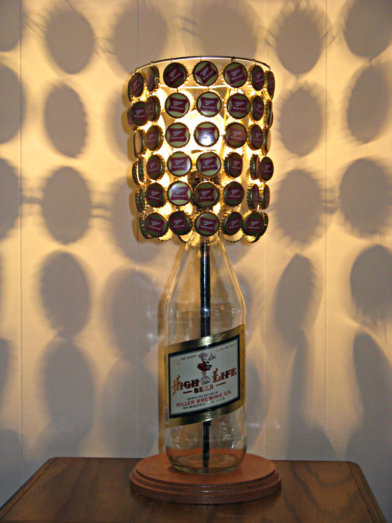 Miller High Life 40 Oz Bottle Lamp Complete With Bottle