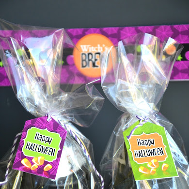 DIY Witch's Cauldron Halloween Party Favors