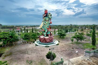 Jleb! Ustadz: Coba Kita Usul Bangun Patung Pangeran Diponegoro di Beijing, Boleh Ngga Ya?