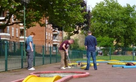 Minigolf in London at the Clarence Way Crazy Golf course in Camden