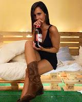 pernas de Ana Pedro
