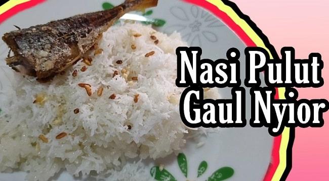 Nasi Pulut Gaul Nyior Tanak Guna Rice Cooker