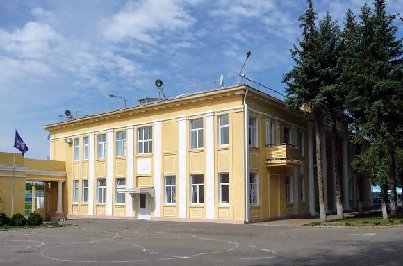 Краматорск. Административное здание стадиона