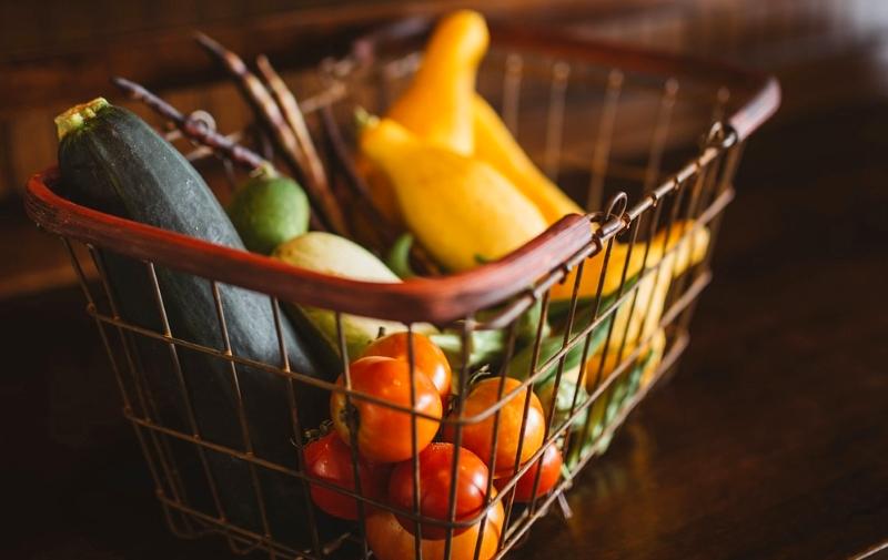 Cesto com legumes