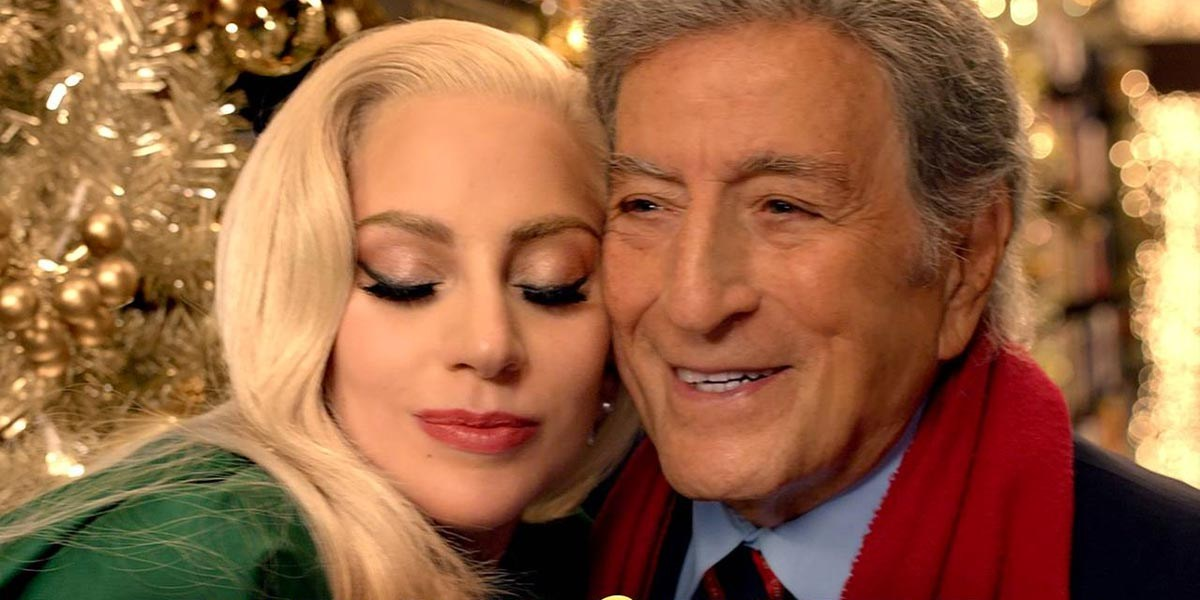 tony bennett and lady gaga sing a beautiful duet in barnes noble 2015 christmas ad