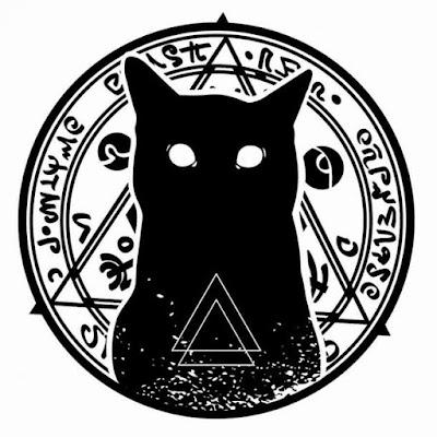 Tutte le streghe, si credeva, avevano dei famigliari o animali diabolici in loro possesso e i gatti neri erano la prova più evidente di questo.