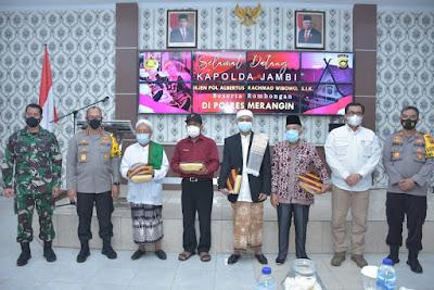 Kapolda Jambi Silaturahmi Dengan Tomas dan Toda Kabupaten Merangin