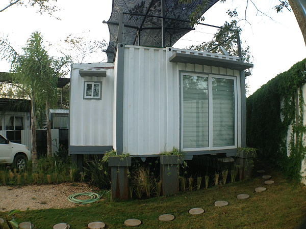 Artificial Green Roof + Deck Shipping Container Home, Costa Rica 5