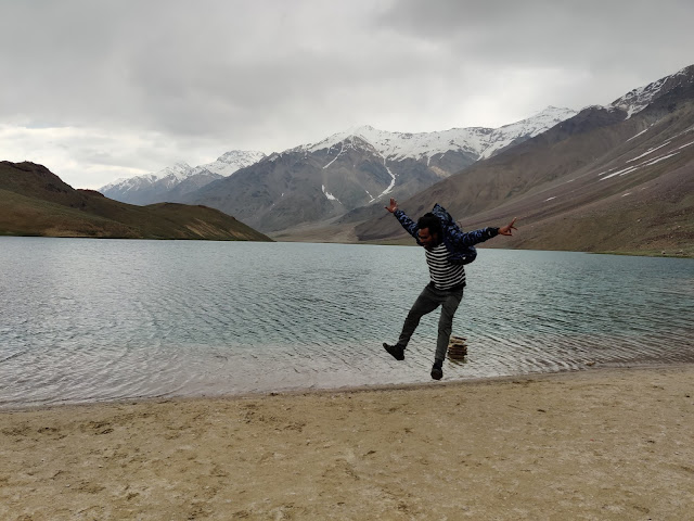 ultimate travel guide to spiti valley chandartal lake