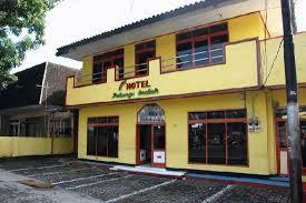 Bagaimana Halnya Dengan Hotel Pelangi Lembang Bandung Ini Juga Termasuk Dalam Deretan Penginapan Murah Di Bandungsebab Memang Harga Sewa Kamar