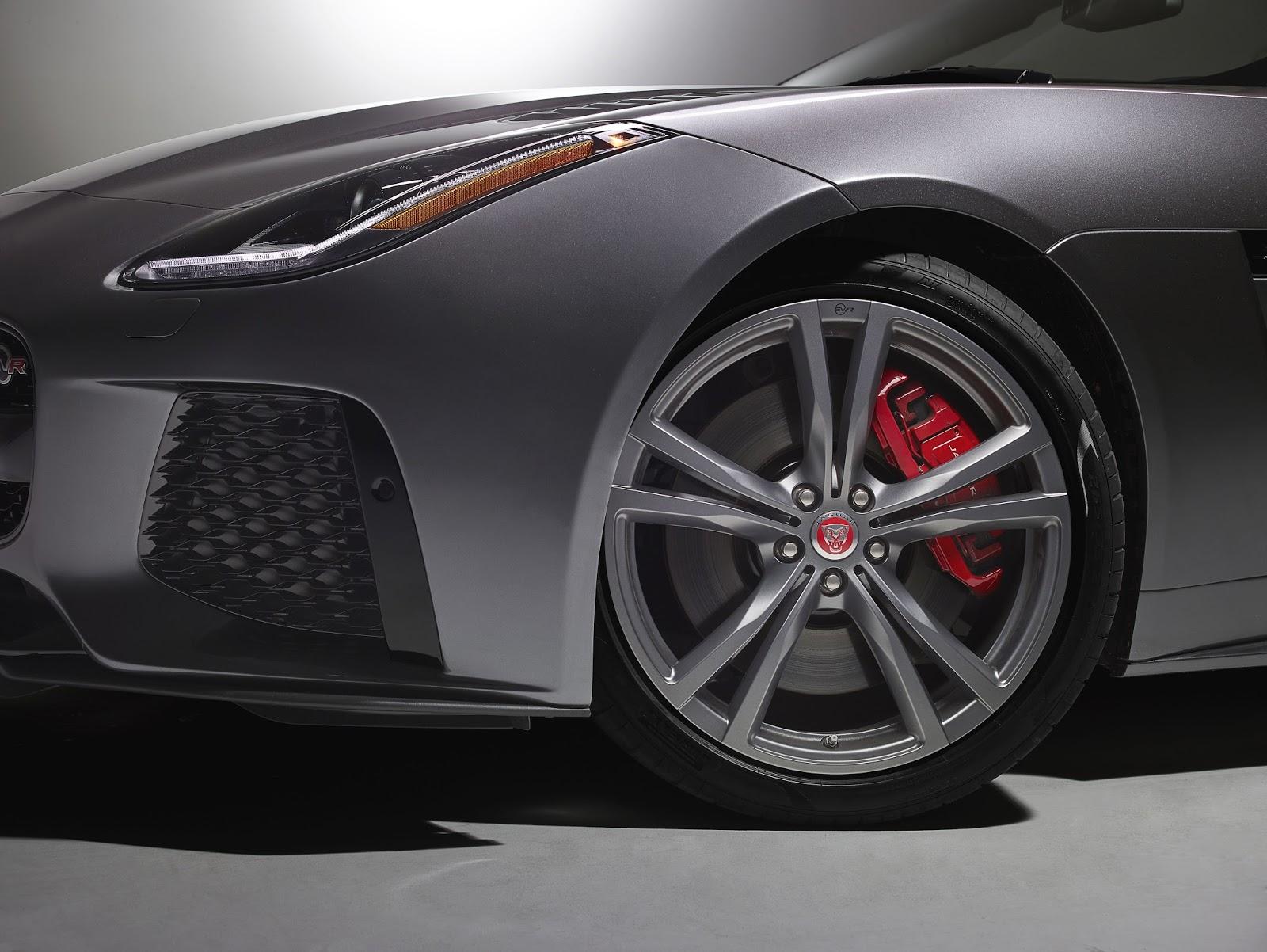 Hệ thống treo hoạt động tốt giúp xe ít bị áp lực mặt đường đè lên