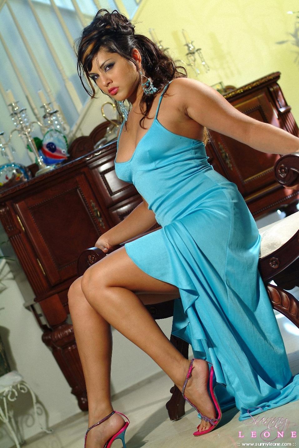 Sexy Blue Video Hindi