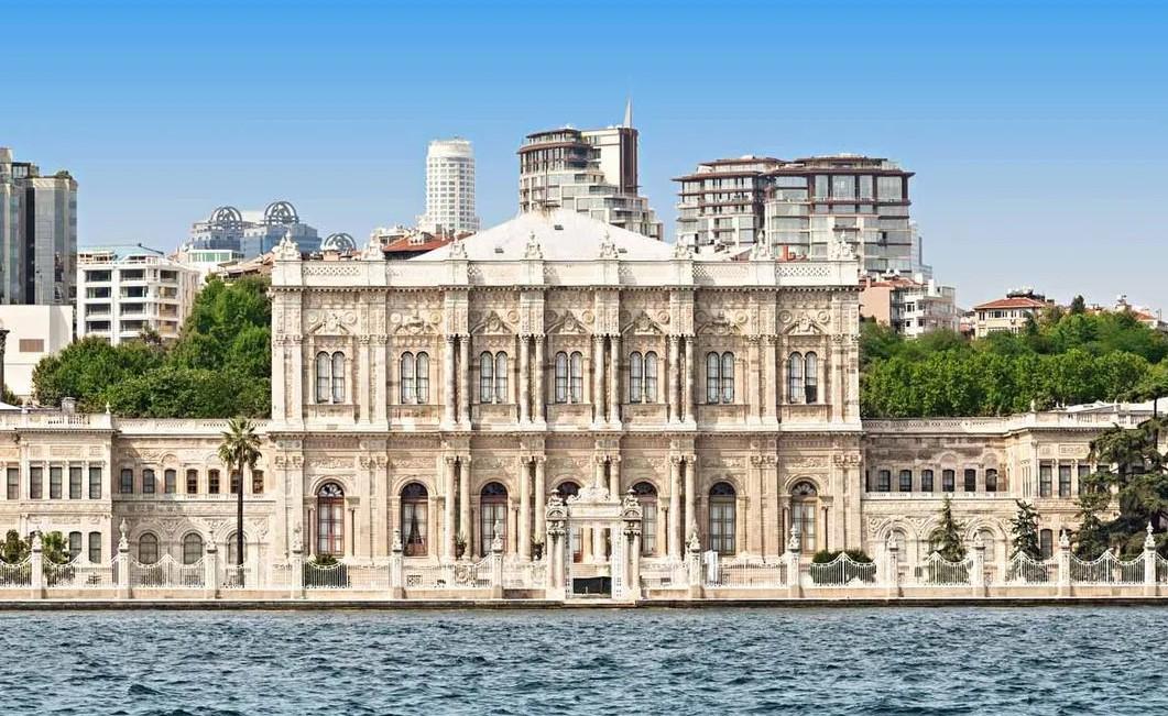istanbul avrupa yakası tarihi ve doğal gezi yerleri dolmabahçe sarayı