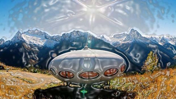 Futuro House aka Tarelka Hotel is a mirror image of a UFO, which exactly appears as the spaceship has been landed on the earth from some other planet.