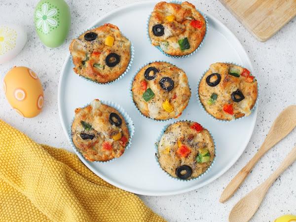 Muffin integrali salati con verdure, semi di chia e caciotta