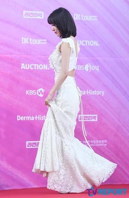 3 Gaun Putih Terindah Di Karpet Merah Seoul Music Awards (SMA) 2019