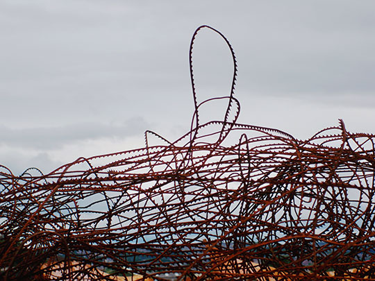 urban photography, urban photo, metal wire, rust, contemporary, Sam Freek,
