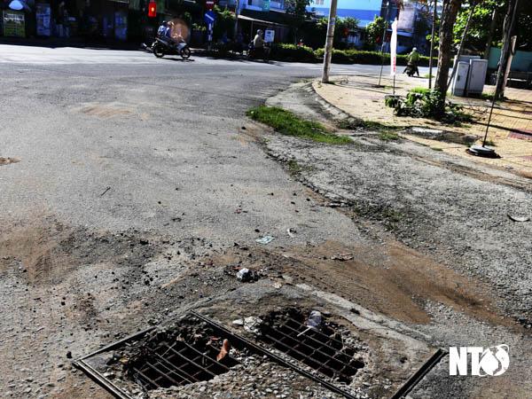 Hố ga nguy hiểm tại Thị trấn Tân Sơn