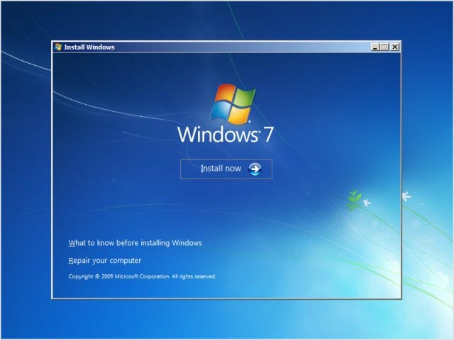 بدء تنصيب ويندوز 7 علي الكمبيوتر أو اللاب توب