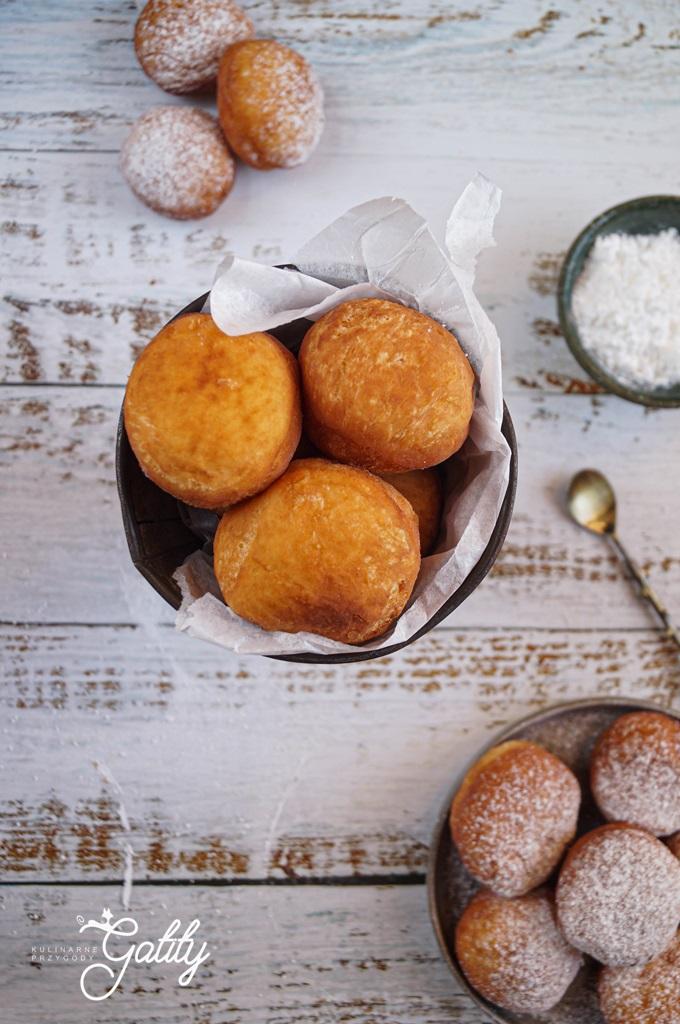 okragle-kulli-z-brazowego-ciasta