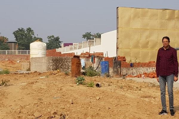advocate-ln-parashar-warn-faridabad-administration-aravali-farm-house