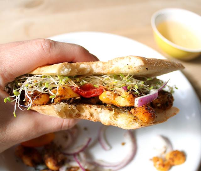 Oppskrift Paprikastekte Bønner Paprikabønner Smørbønner Butterbeans Enkel Rask Lunch Vegansk Vegetar