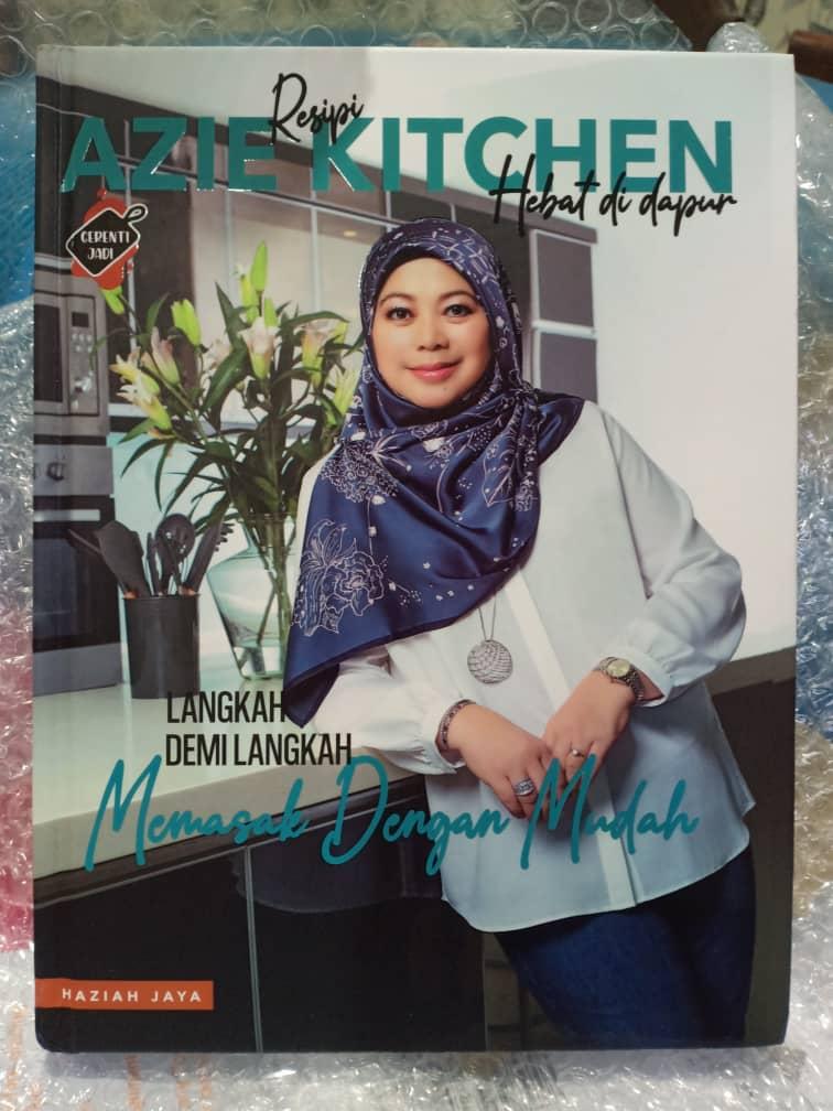 Buku Masakan Azie Kitchen Hebat Di Dapur