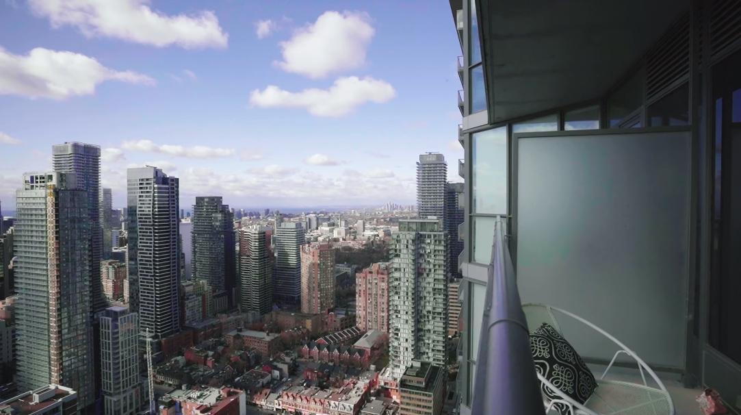 25 Interior Design Photos vs. Tour 4815-45 Charles St E, Toronto, ON Luxury Condo