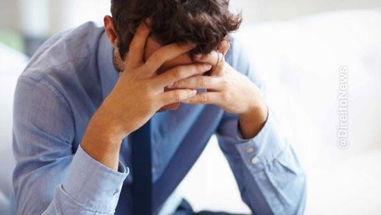 trabalhador demitido motivo primeiro dia indenizado