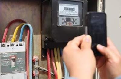 حفوز : القبض على سارق مختص في تركيب الكهرباء المنزلية