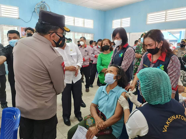 Kapolda Sumut Tinjau Pelaksanaan Vaksin di Kabupaten Simalungun.