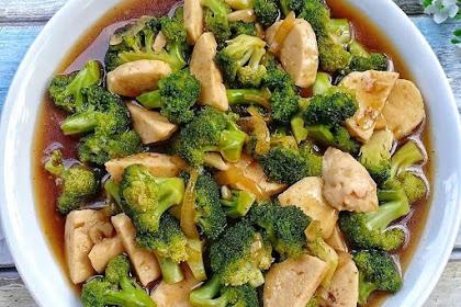 Resep Cara Buat Brokoli Cah Bakso Kuah