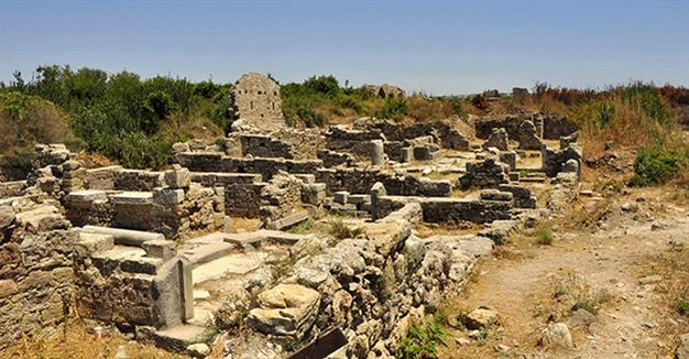 Turkish archaeologist complains after sponsors refuse to fund brothel excavation