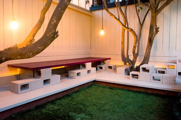 جلسة متكاملة لحديقة البيت من طوب البناء