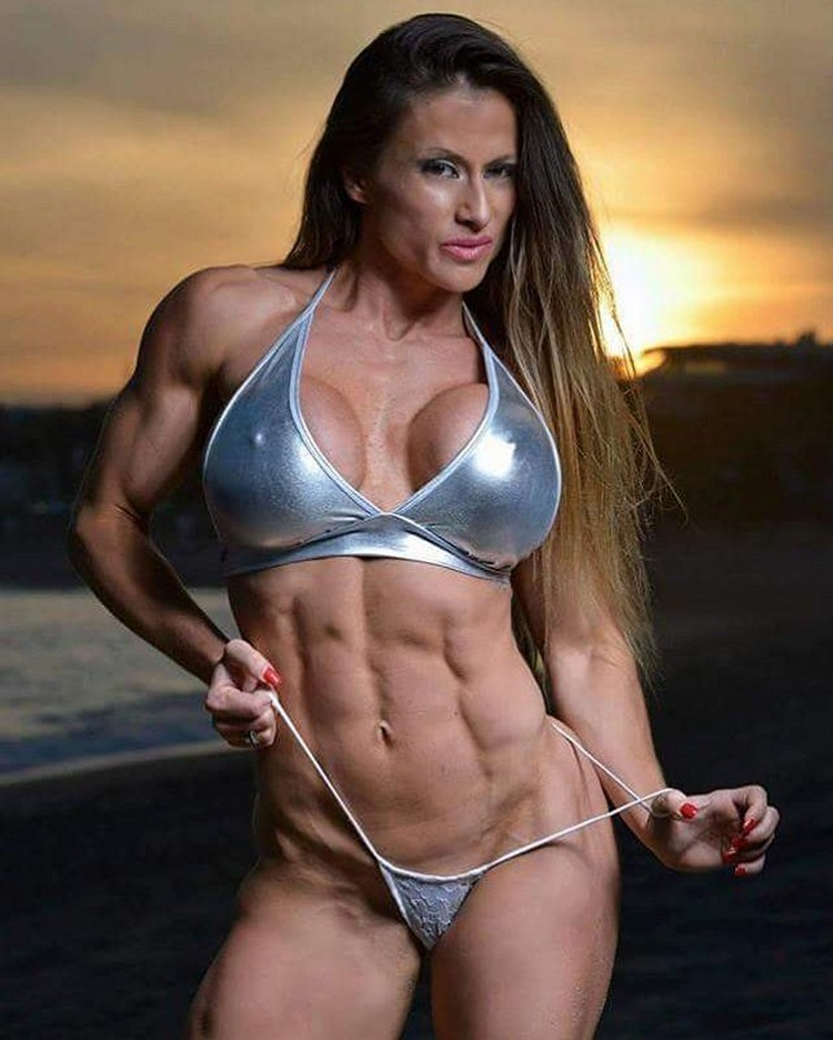 Strong Female Bodybuilder | Maria Garcia PRO Bodyfitness