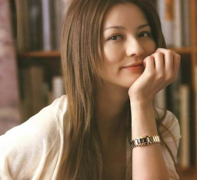 Karina Nose Artis Jepang Paling Cantik dan Seksi