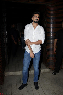 Badrinath Ki Dulhania Success Party by Varun Dhawan 067.JPG