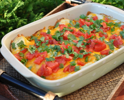 Easy Green Chile Chicken Enchiladas, another super-easy Quick Supper ♥ KitchenParade.com.