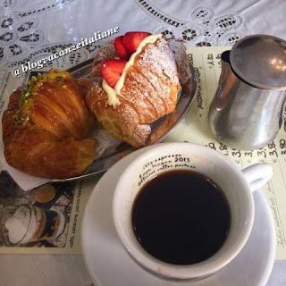 Кафе в Римини, вкусное завтрак