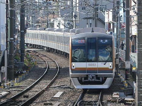 【ダイヤ改正で新設??】メトロ10000系の特急 清瀬行き