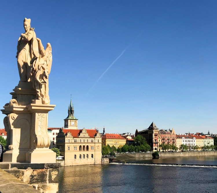 Stroll across the medStroll across the medieval Charlieva Charles Bridge in Prague | Ms. Toody Goo Shoes #prague #charlesbridge #danuberivercruise