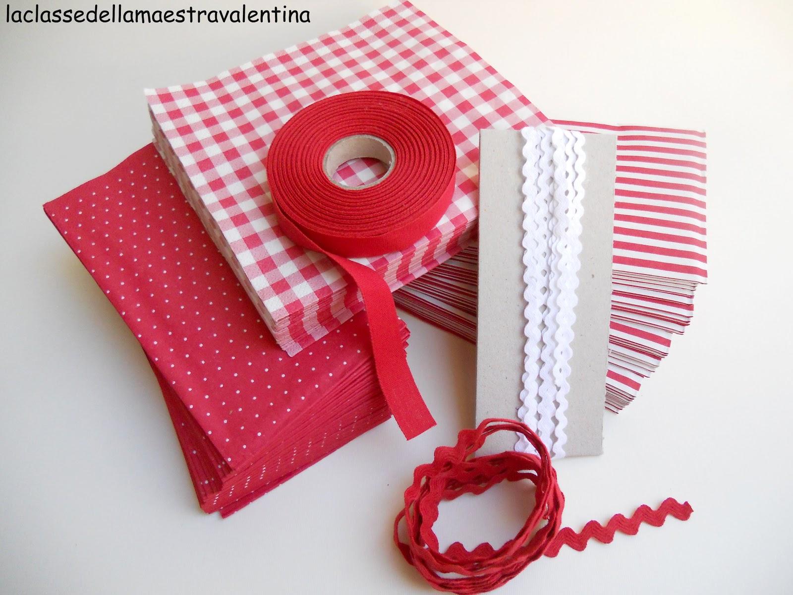 La classe della maestra valentina sacchettini bianchi e rossi for Addobbi natalizi per la classe